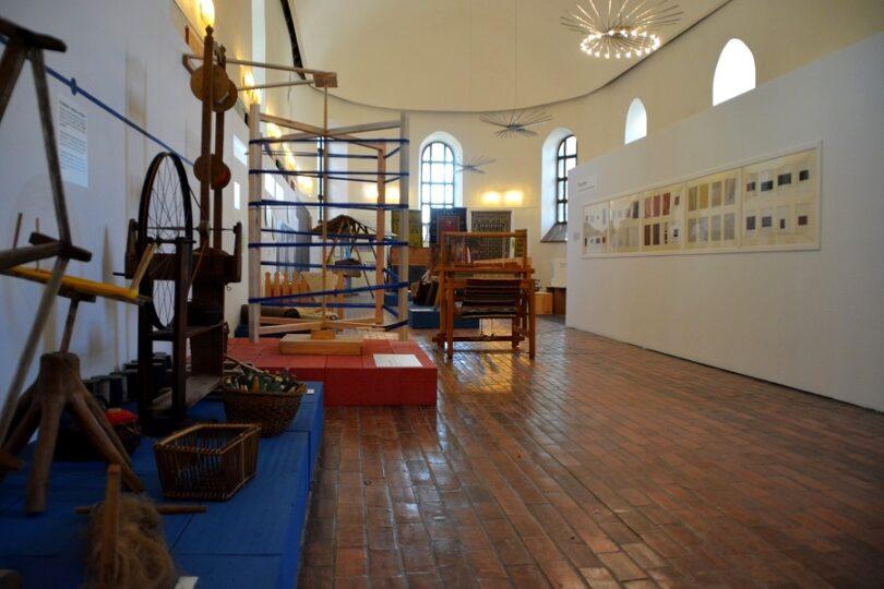Zdjęcie przedstawia wystawę znajdującą się wSalonie Wystawowym