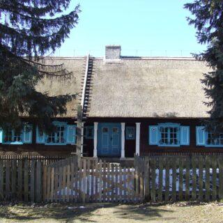 Chałupa ze wsi Bartężek.
