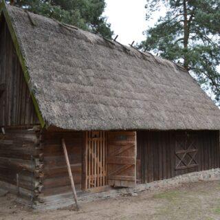 Obora ze stolarnią ze wsi Jerutki.