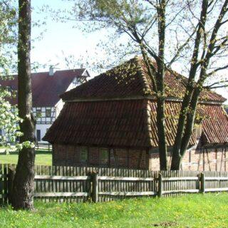 Lamus ze wsi Drogosze.