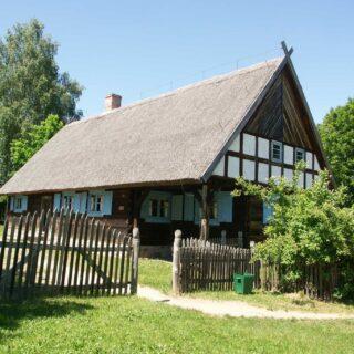 Chałupa ze wsi Nowe Kawkowo.