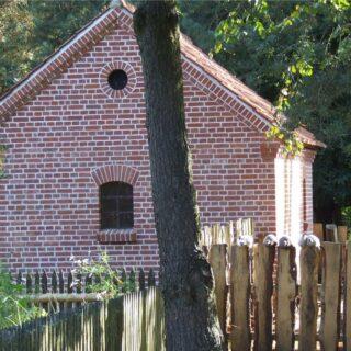 Budynek gospodarczy ze wsi Skierki.
