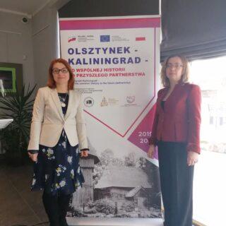 Na zdjęciu Dyrektor Muzeum Budownictwa Ludowego - Parku Etnograficznego w Olsztynku - Ewa Wrochna oraz Dyrektor Kaliningrad Zoo - Svetlana Sokolova.
