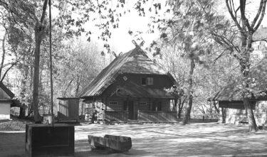 Podworze zagrody z Pempen w_Ostpreuβisches Heimatmuseum w Krolewcu.