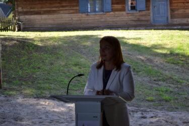 Dyrektor Muzeum podczas oficjalnego otwarcia nowego obiektu